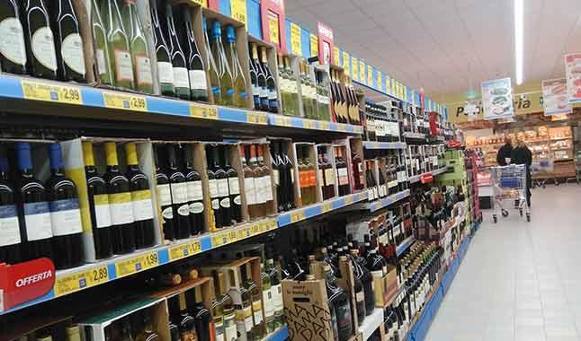 Indagine Vinitaly-IRI: il punto sul vino nella Grande Distribuzione
